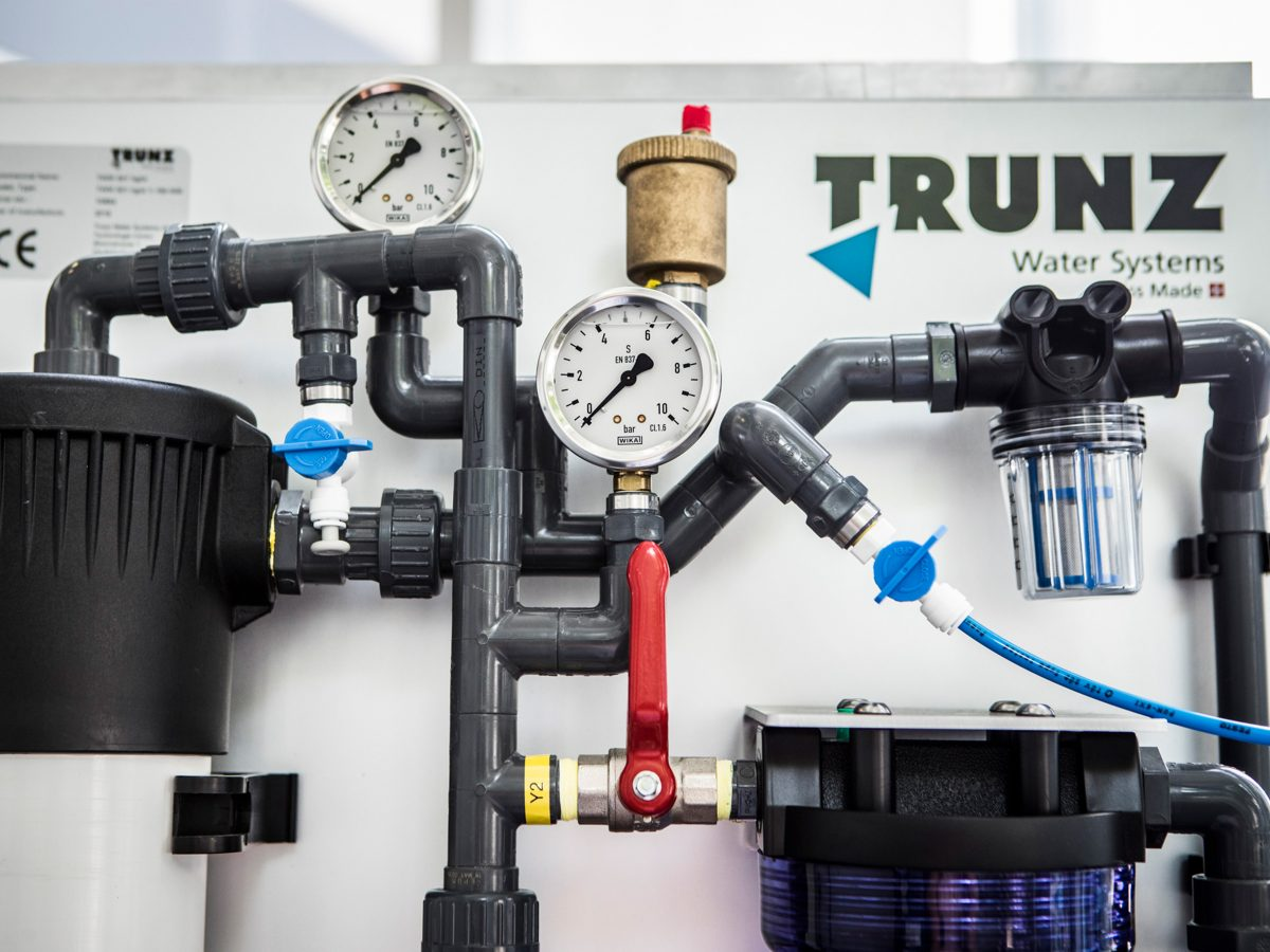 Dispositif pour le traitement des eaux de Trunz Water Systems